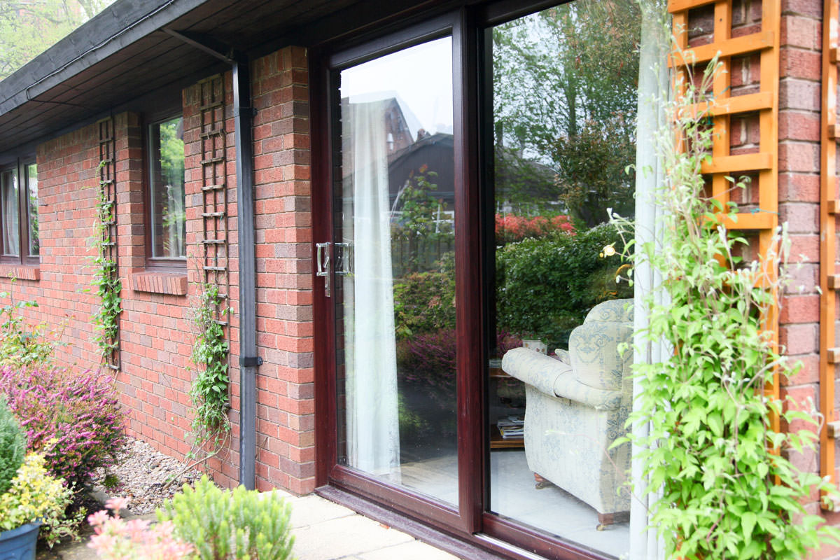 Upvc patio doors sutton sliding doors london for Double glazed upvc patio doors